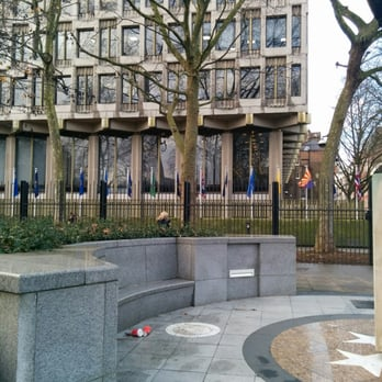 Photo Of U S Embassy London United Kingdom Entrance On North Side Of The