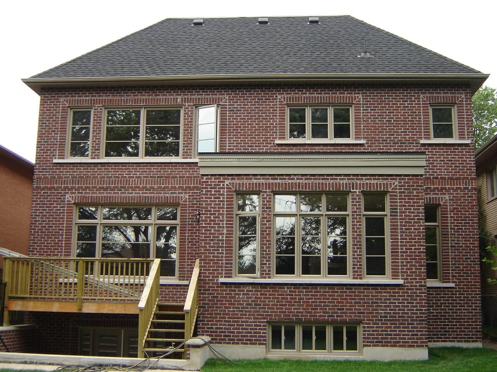 Main level deck overtop walkup basement yelp for Canadian house plans with basements
