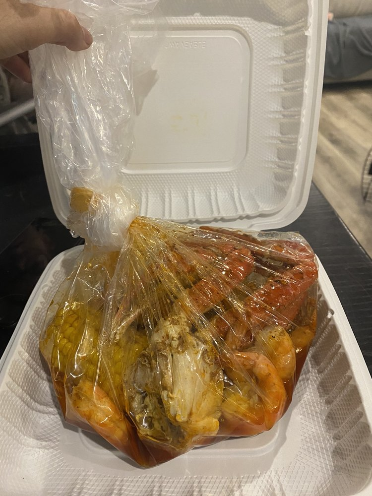 Mr Crab Cajun Seafood: 507 Gold Star Hwy, Groton, CT