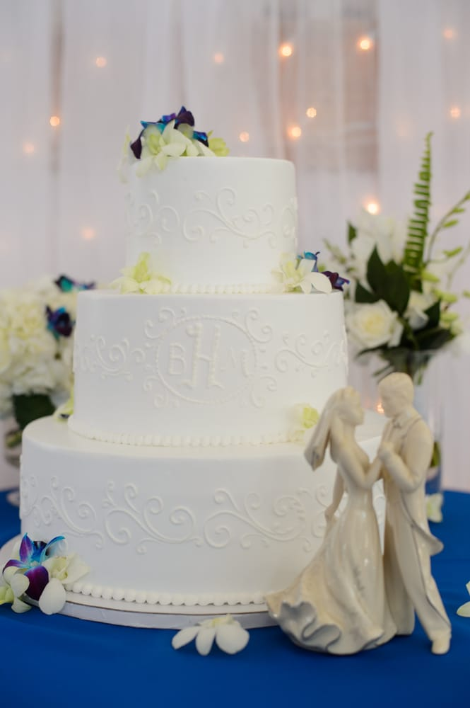 Colorado Rose Cake Company: Berthoud, CO