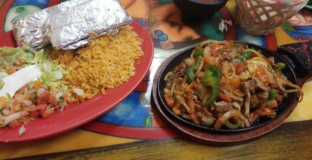 El Patron Mexican Kitchen: 605 S Broadway St, Coal City, IL
