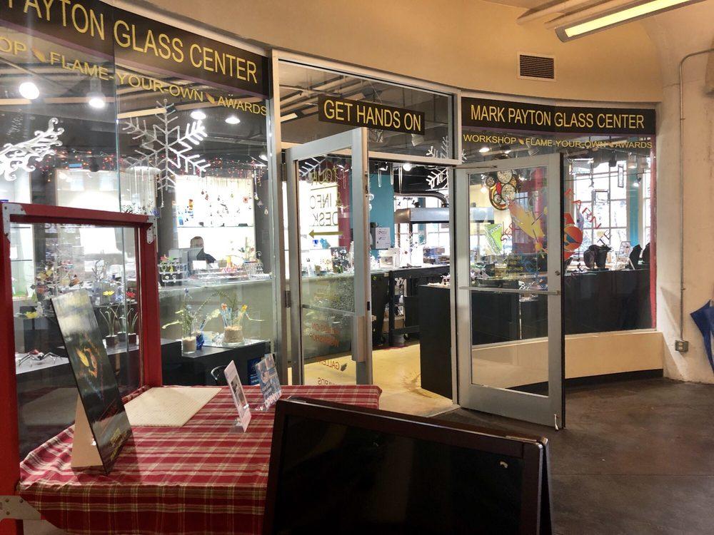 Mark Payton Glass Center: 815 W Market St, Louisville, KY