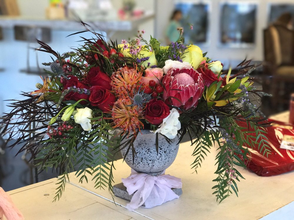 Thistle and Bloom Florist and Gift: 4880 S Gilbert Rd, Chandler, AZ