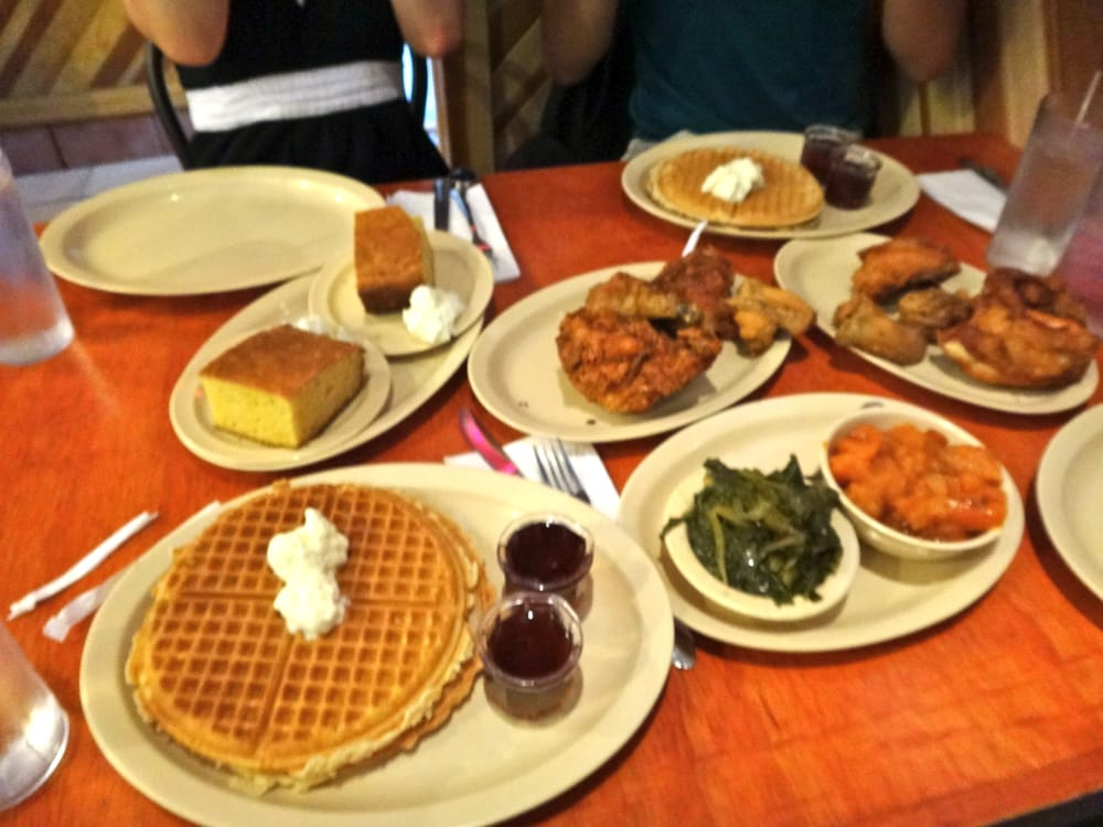 Photos For Roscoe's House Of Chicken & Waffles