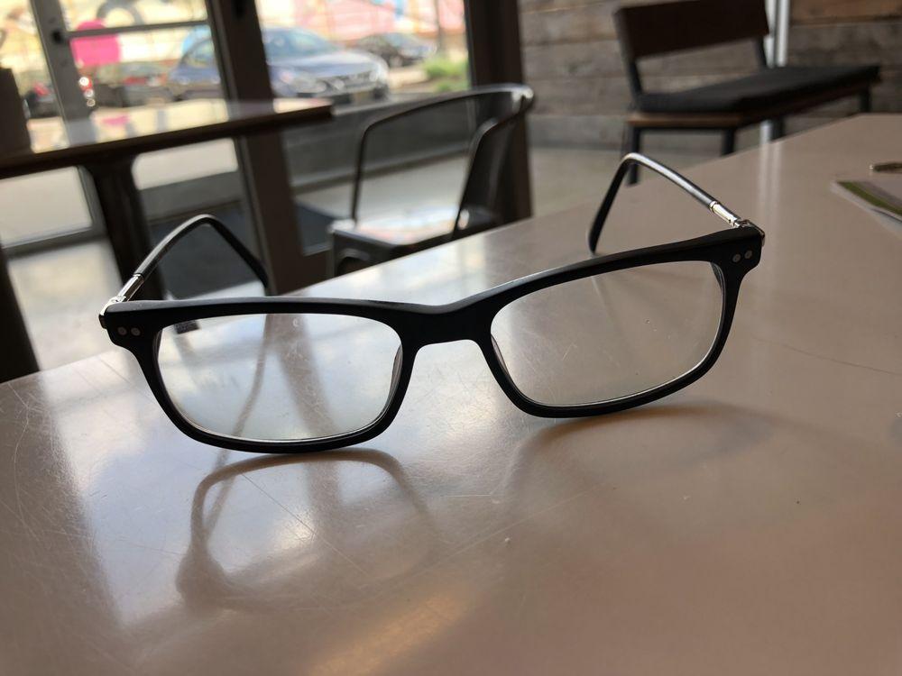 eyeSmith Sport & Fashion Optical