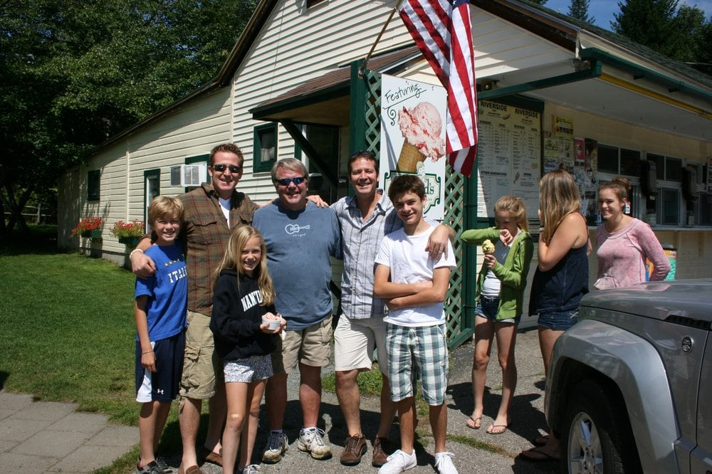 Riverside Dairy Joy: 113 Riverside Dr, Ashland, NH