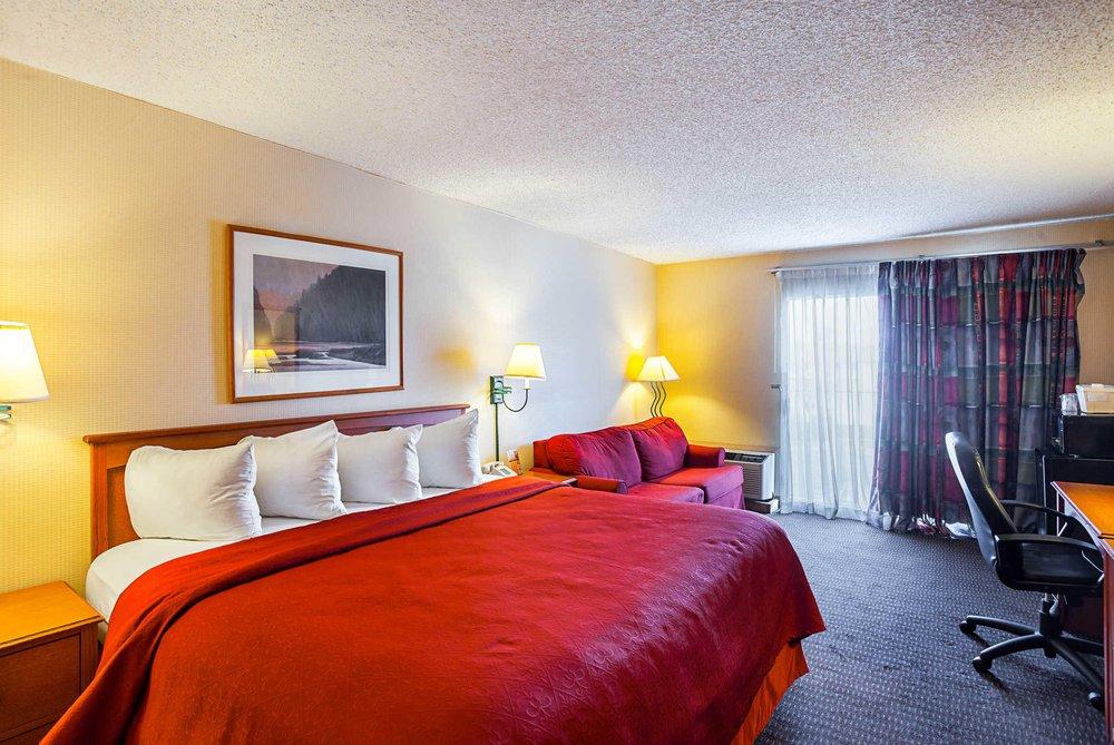 Quality Inn: 3200 NW 12th St, Lincoln, NE