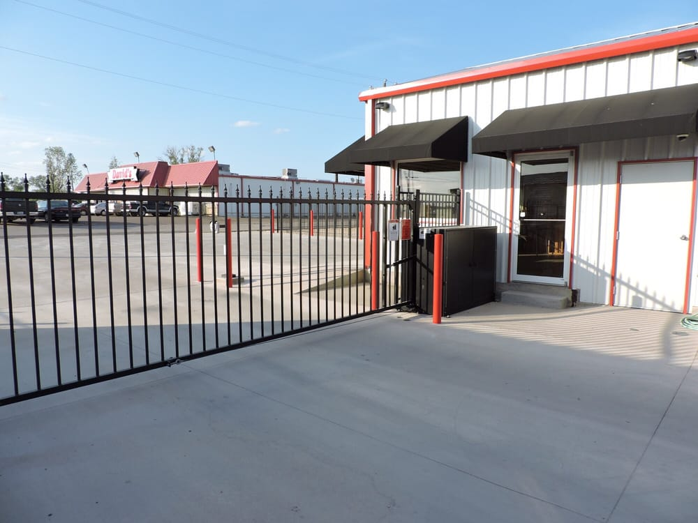 Affordable Self Storage: 101 E Adams Ave, Whitney, TX