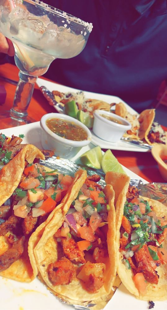 La Familia Mexican Restaurant: 1666 B S Main St, Laurinburg, NC