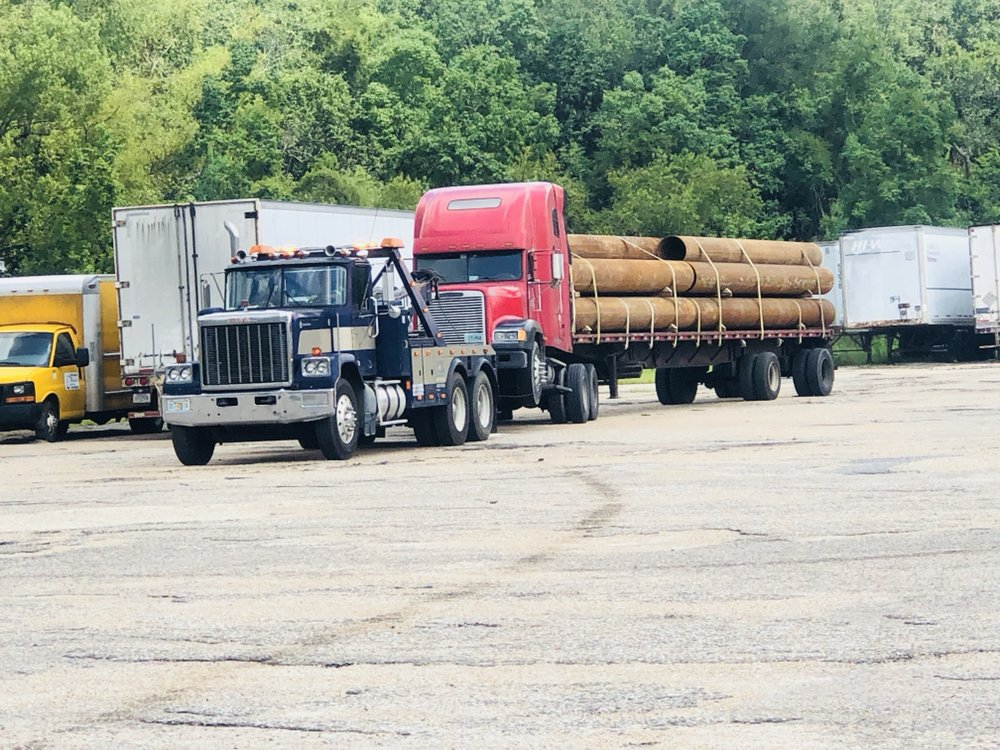 Eastern Diesel & Auto Wrecker Service: 2005 S Waukesha St, Bonifay, FL