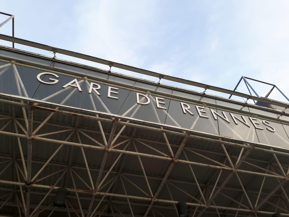 Gare de rennes 10 photos 23 avis gare place de la for Restaurant o 23 rennes