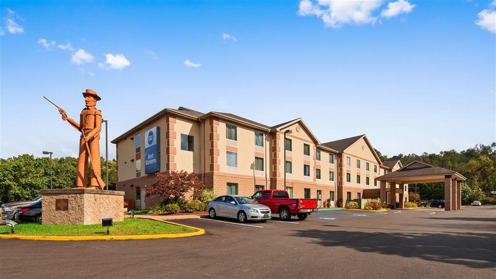 Best Western Garden Inn: 101 Gosai Dr, Bentleyville, PA