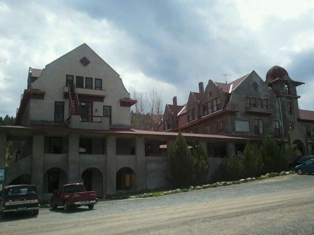 Boulder Hot Springs Resort: 31 S Hot Springs Rd, Boulder, MT