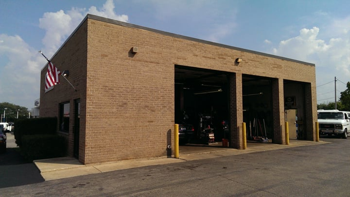 Towing business in Roselle, IL