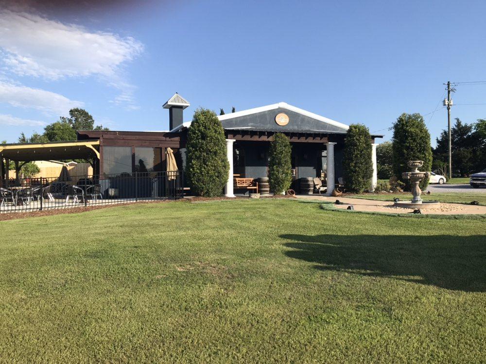 Corbin Farms Winery: 800 Hwy 87, Calera, AL