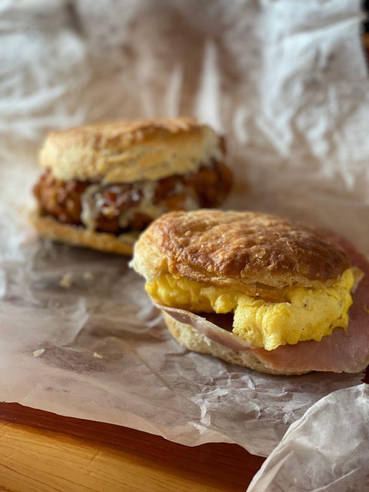 Scratch Biscuit Company: 1820 Memorial Ave SW, Roanoke, VA