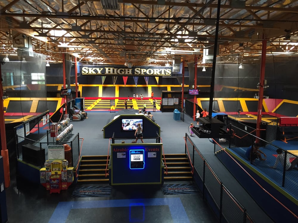 Sky High Sports Valenica: 28656 The Old Rd, Valencia, CA