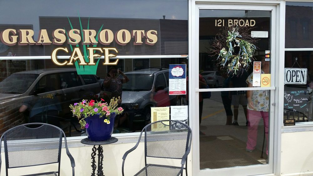 Grass Roots Cafe: 121 Broad St, Humeston, IA