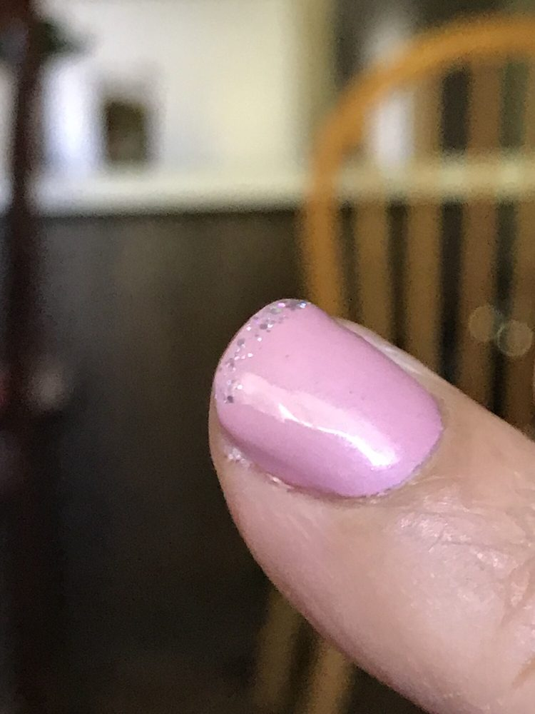 Divas Nails & Spa: 1643 N Schnoor St, Madera, CA