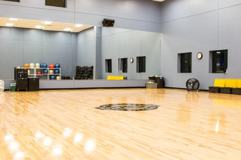 Genesis Health Clubs - Topeka Southwest: 2909 SW 37th St, Topeka, KS