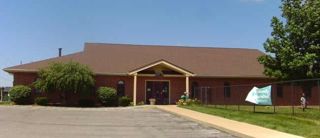 La Petite Academy of Avon: 125 N County Road 800 E.  , Avon, IN