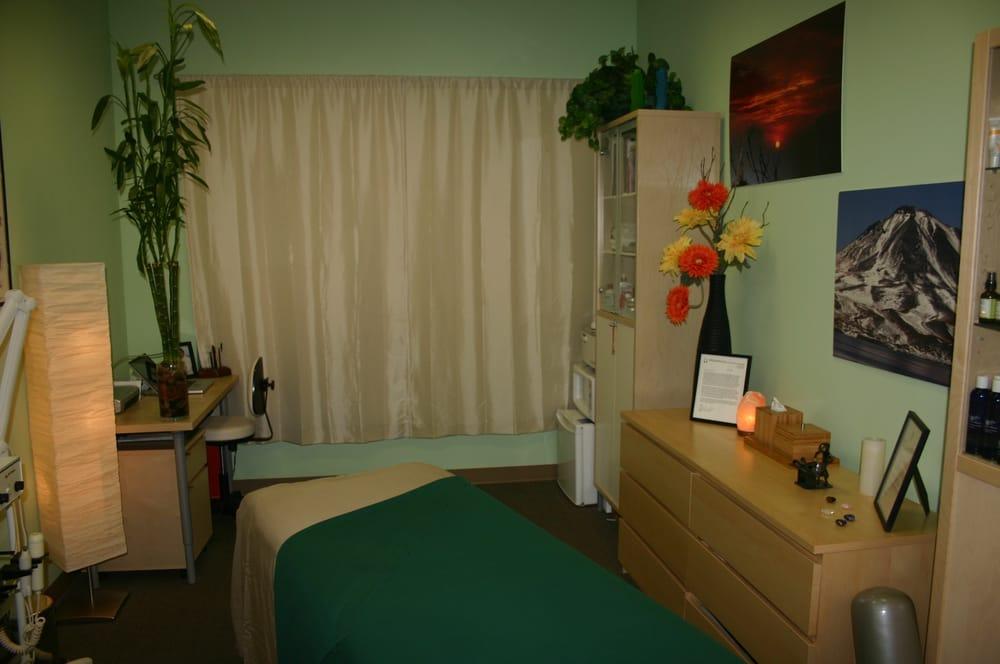 Golden Hands Therapies: 8 Maple St, Port Washington, NY