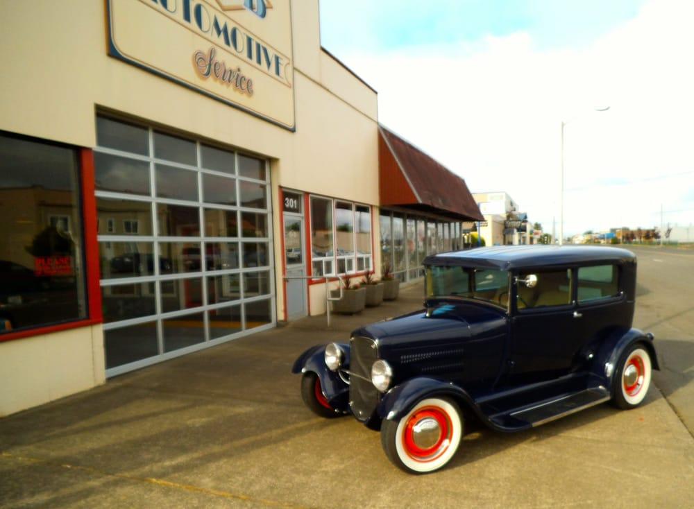 B & B Automotive: 301 W Market St, Aberdeen, WA