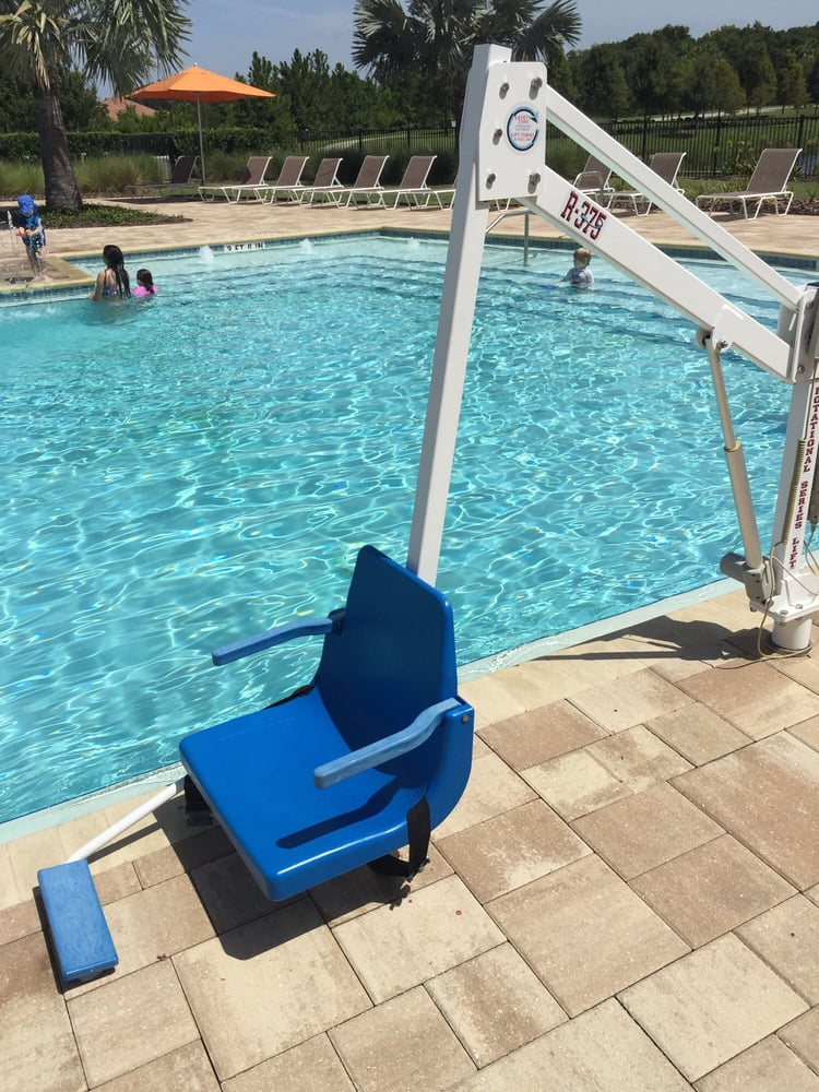 Waterset Community Pool: 7012 Sail View Ln, Apollo Beach, FL