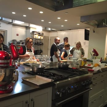 Great Date Night - Review of Sur La Table Cooking Classes ...