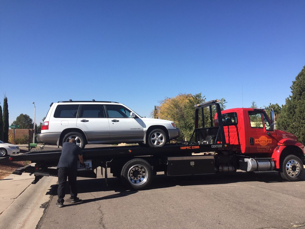 Knittle's Towing