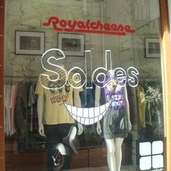 7428d5ee74 Royal Cheese Vans - Shoe Stores - 24 rue Tiquetonne