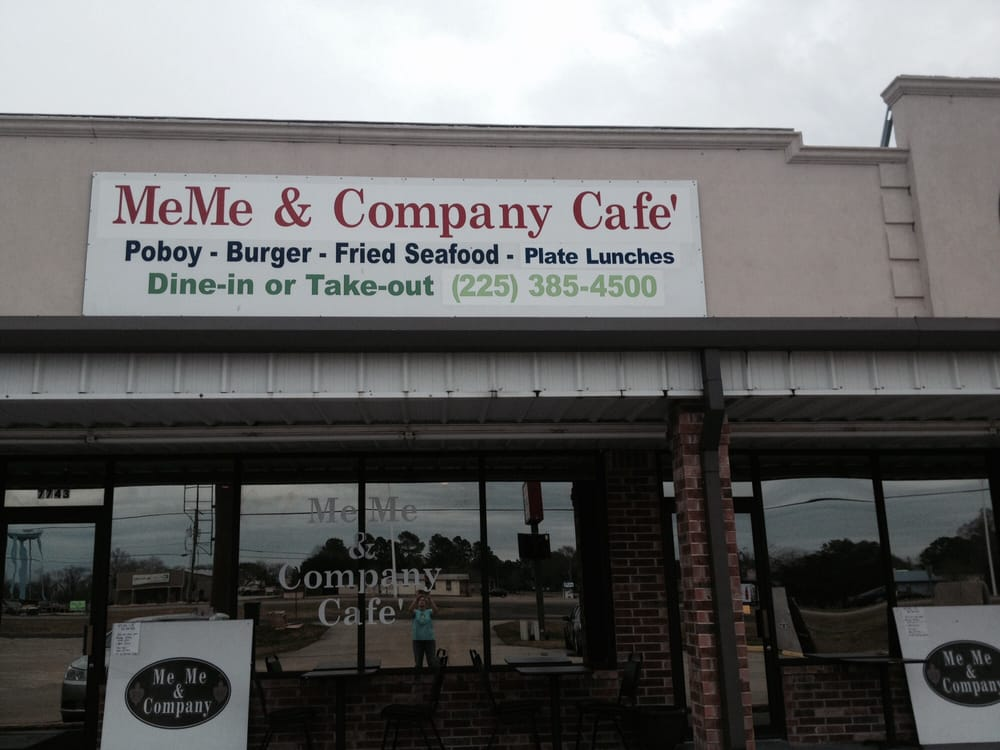 MeMe & Company Restaurant: 7743 Hwy 1 S, Addis, LA