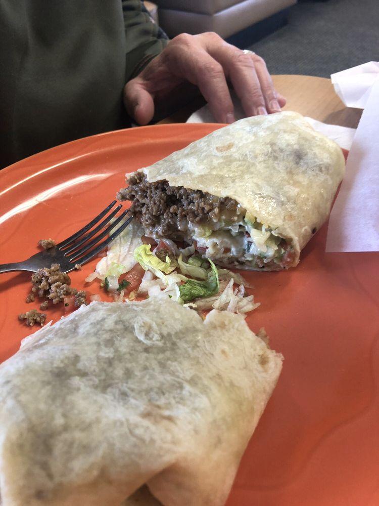 Taco Smack: 1743 E Military Ave, Fremont, NE