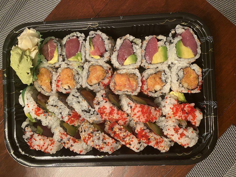 Hanami Japanese Sushi & Hibachi Steak House: 114 E Main St, Clinton, CT
