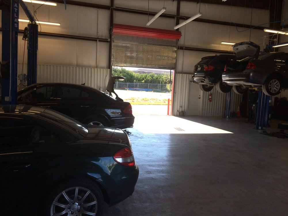 Aussi motor group 14 15030 tradesman dr for Dale s motor co san antonio tx