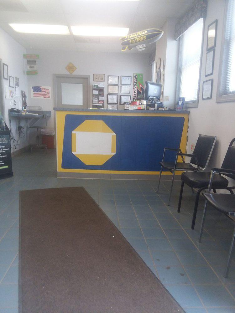 Al's Tire Auto Body & Sales: 2532 Youngstown Rd SE, Warren, OH