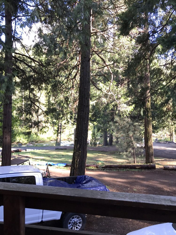The Rivers Resort: 28635 Herring Creek Ln, Strawberry, CA