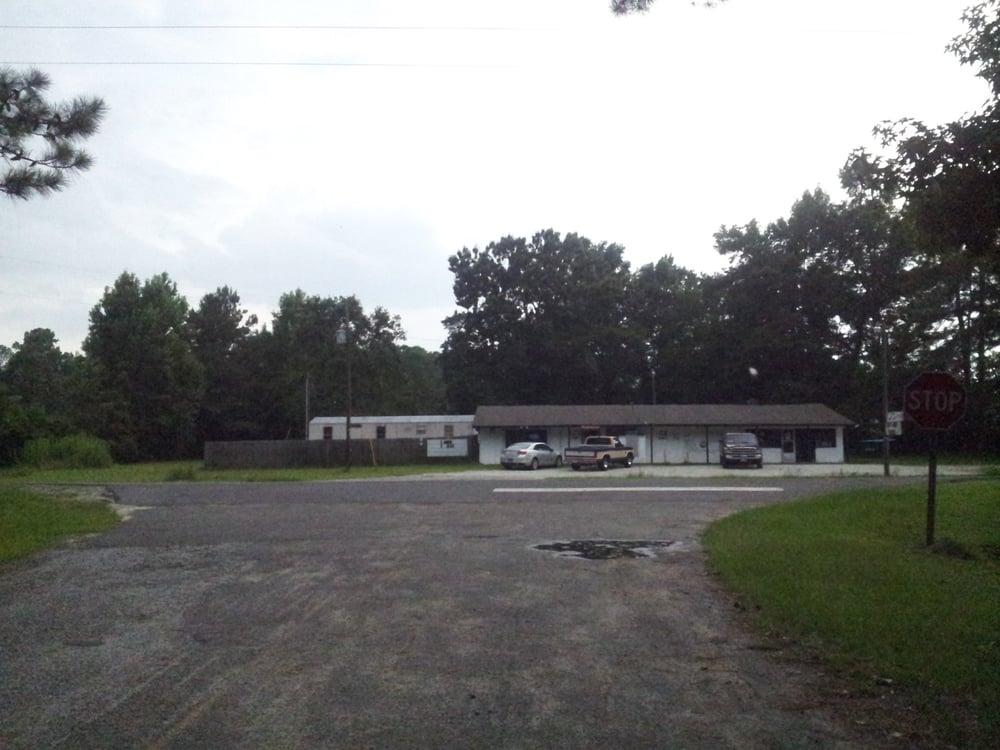 Tj's Pub: 1905 Old Highway 6, Cross, SC
