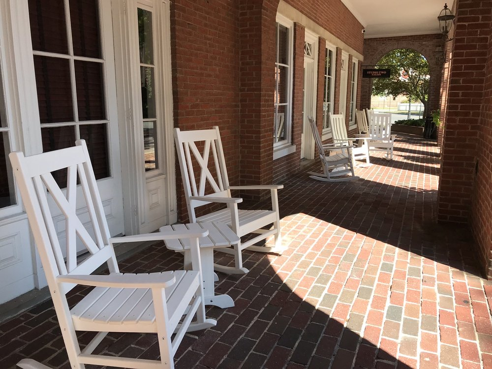 Tidewater Inn: 101 E Dover St, Easton, MD