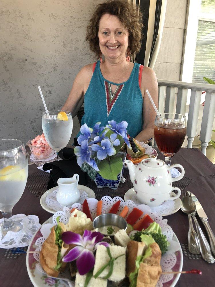 Sweet Tea Celebrations: 5325 Gulfport Blvd S, Gulfport, FL