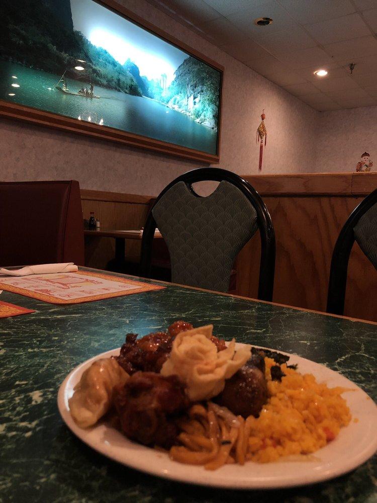 Dragon Buffet: 6715 Pines Rd, Shreveport, LA