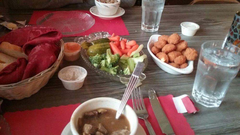 Red's Supper Club: 27569 State Road 81, Cuba City, WI