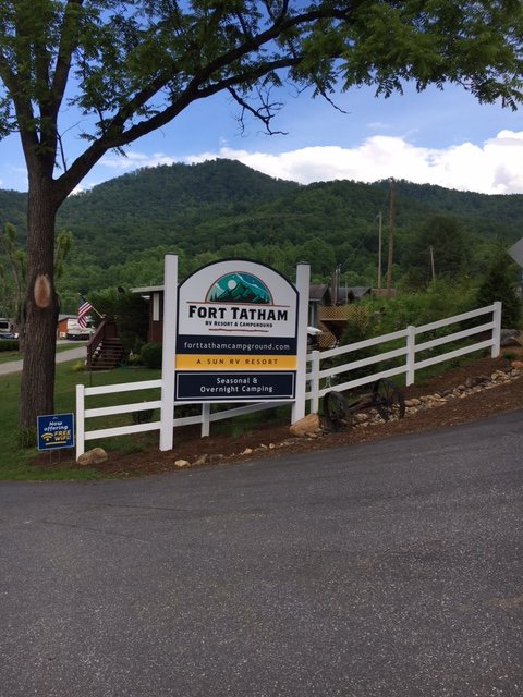 Fort Tatham RV Resort & Campground: 175 Tathams Creek Rd, Sylva, NC