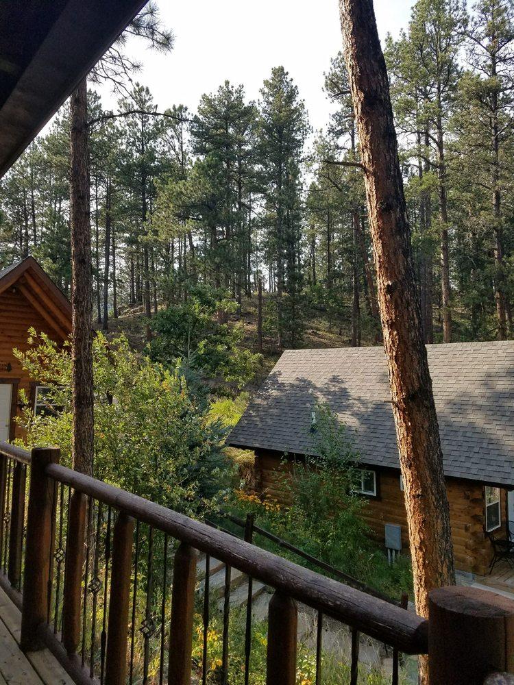 Rustic Ridge Guest Cabins: 12980 S Hwy 16, Keystone, SD