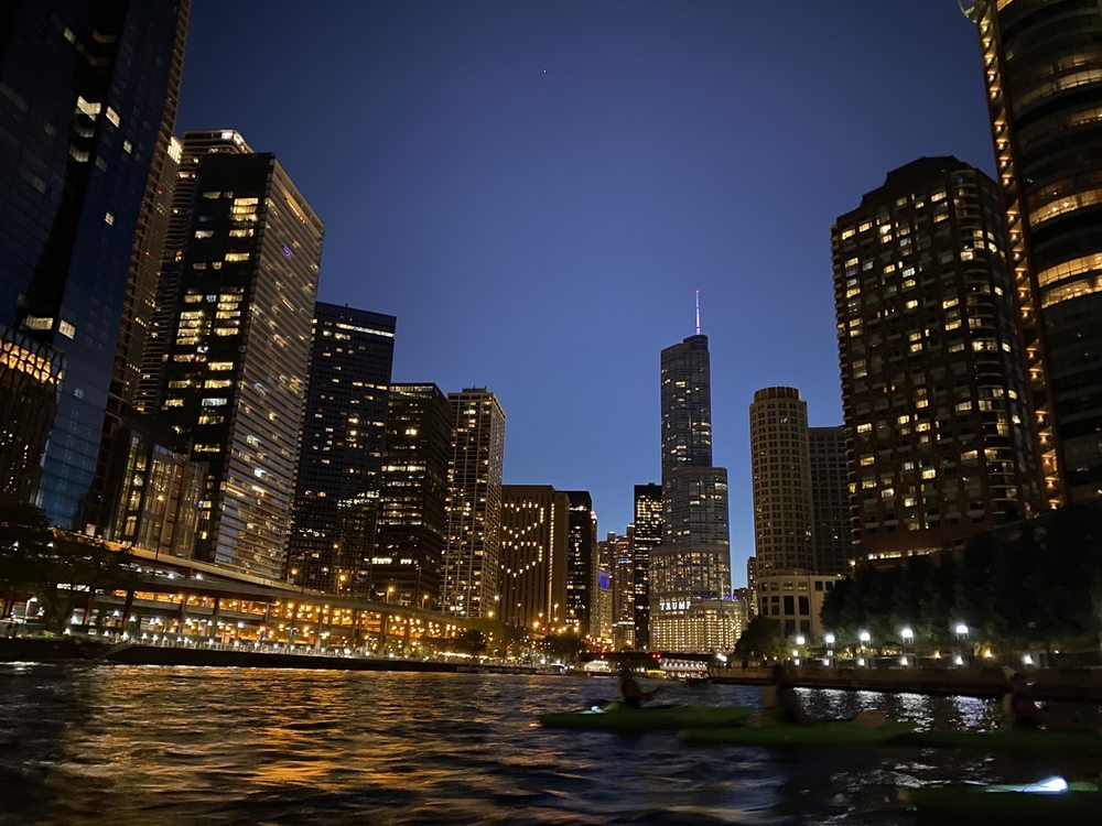 Urban Kayaks: 435 E Riverwalk S, Chicago, IL