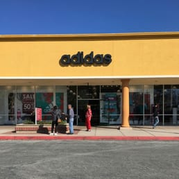 adidas outlet gilroy california