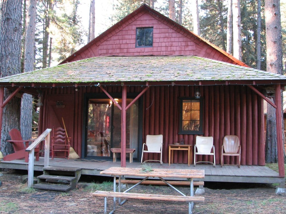 Cold Springs Resort: 25615 SW Cold Springs Resort Ln, Camp Sherman, OR