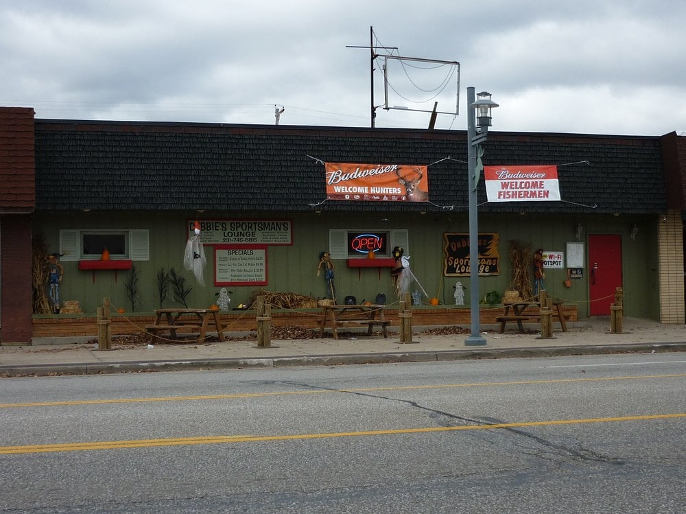 Debbie's Sportsmans Lounge: 867 Michigan Ave, Baldwin, MI