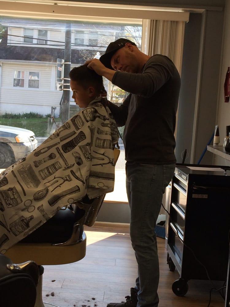 Platinum Spade Barbershop: 1330 Sulphur Spring Rd, Arbutus, MD