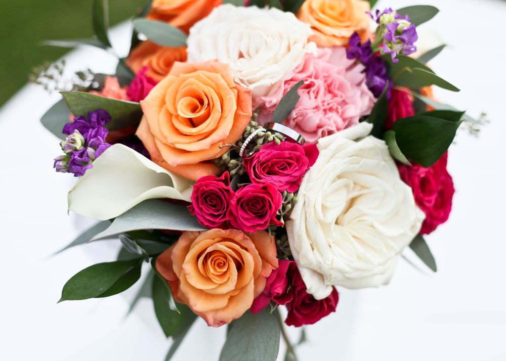 Villager Flowers And Gifts: 5278 W Broad St, Columbus, OH